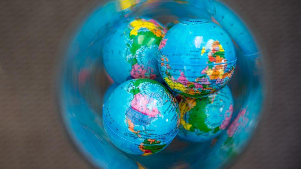 CSR glober